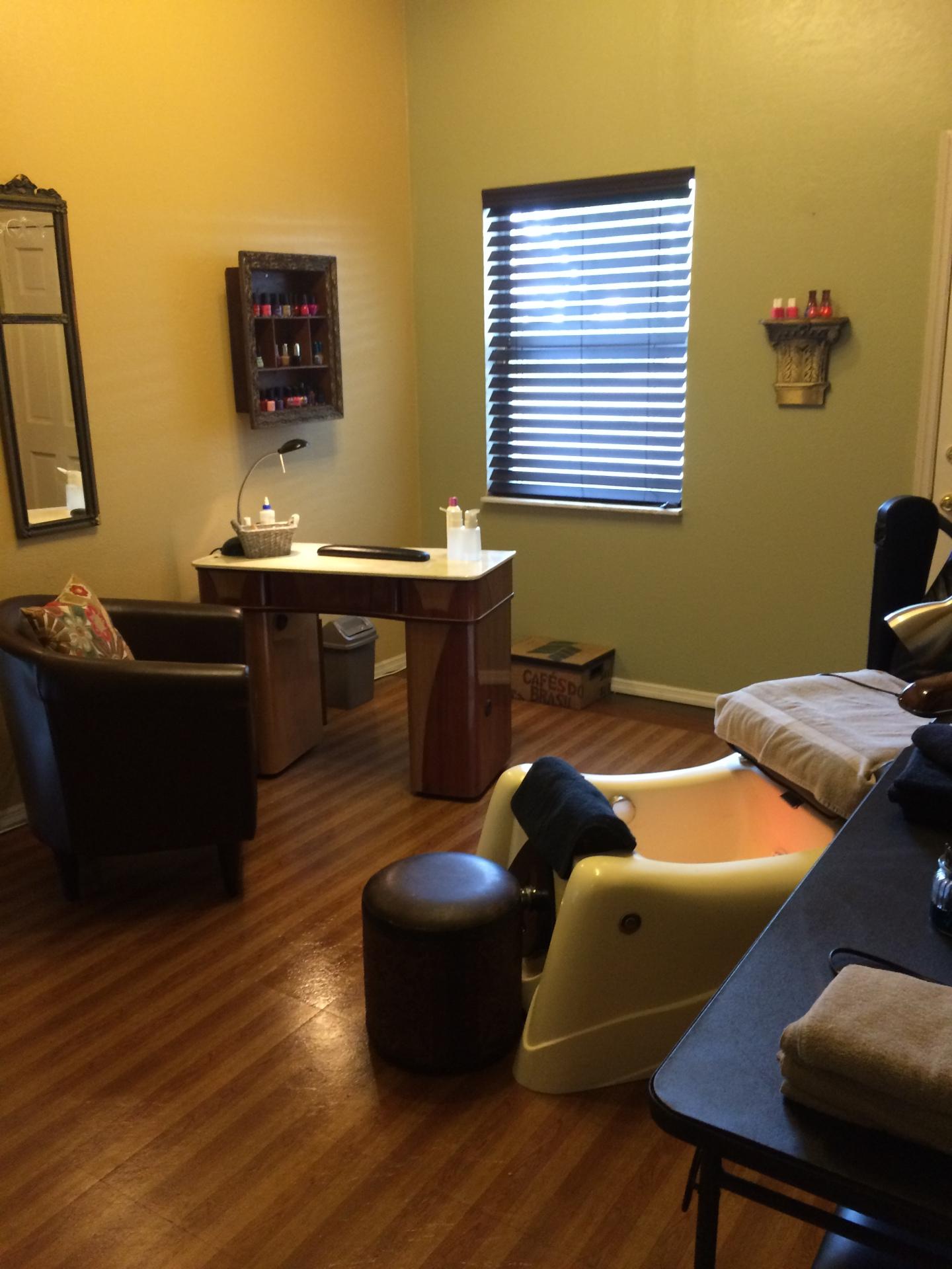 Nail Spa Room