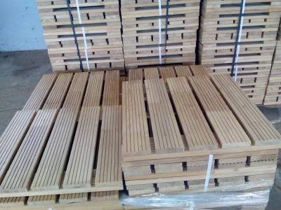 Hardwood Robinia Decking Tiles