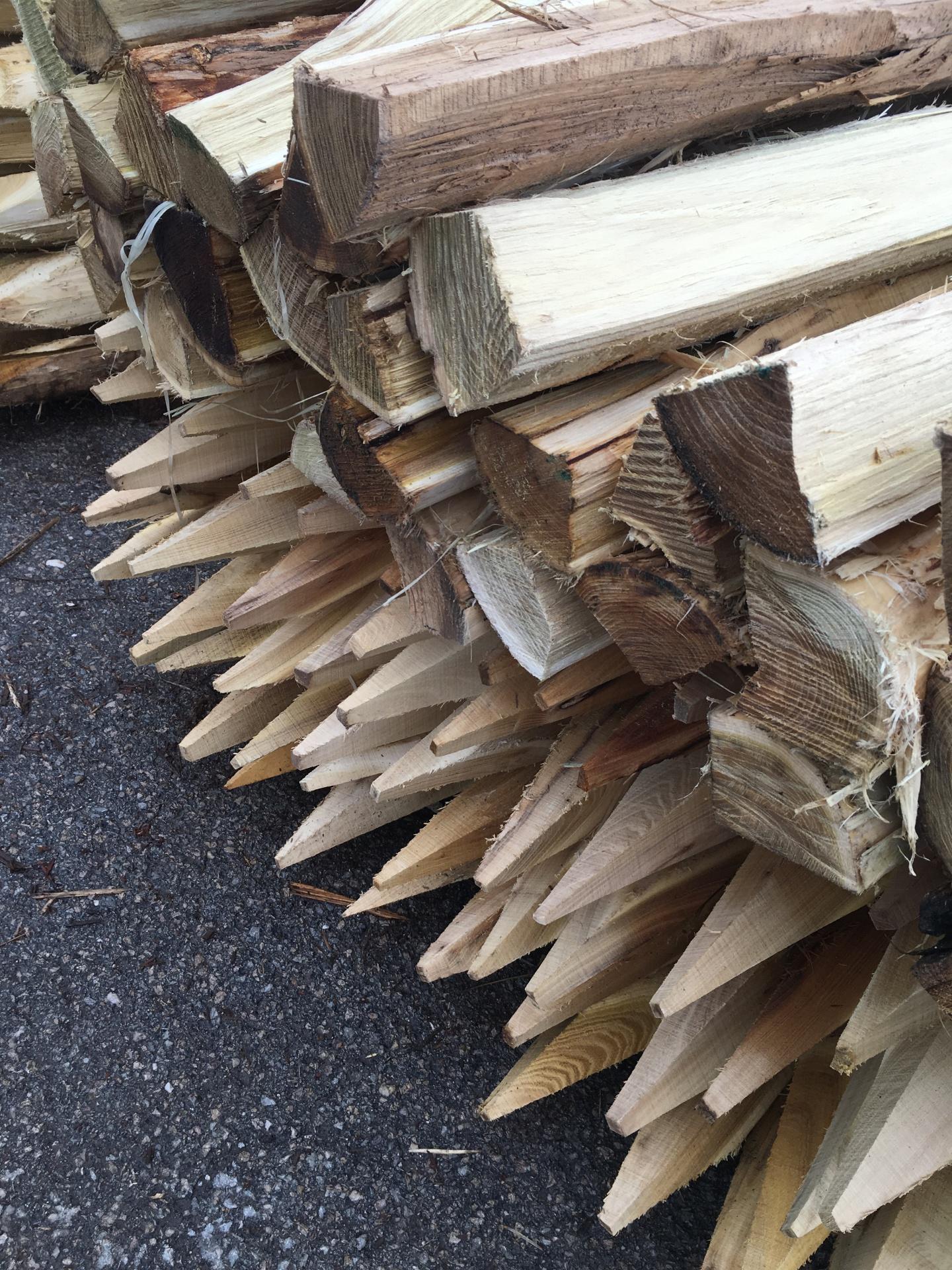Hardwood Robinia Stakes
