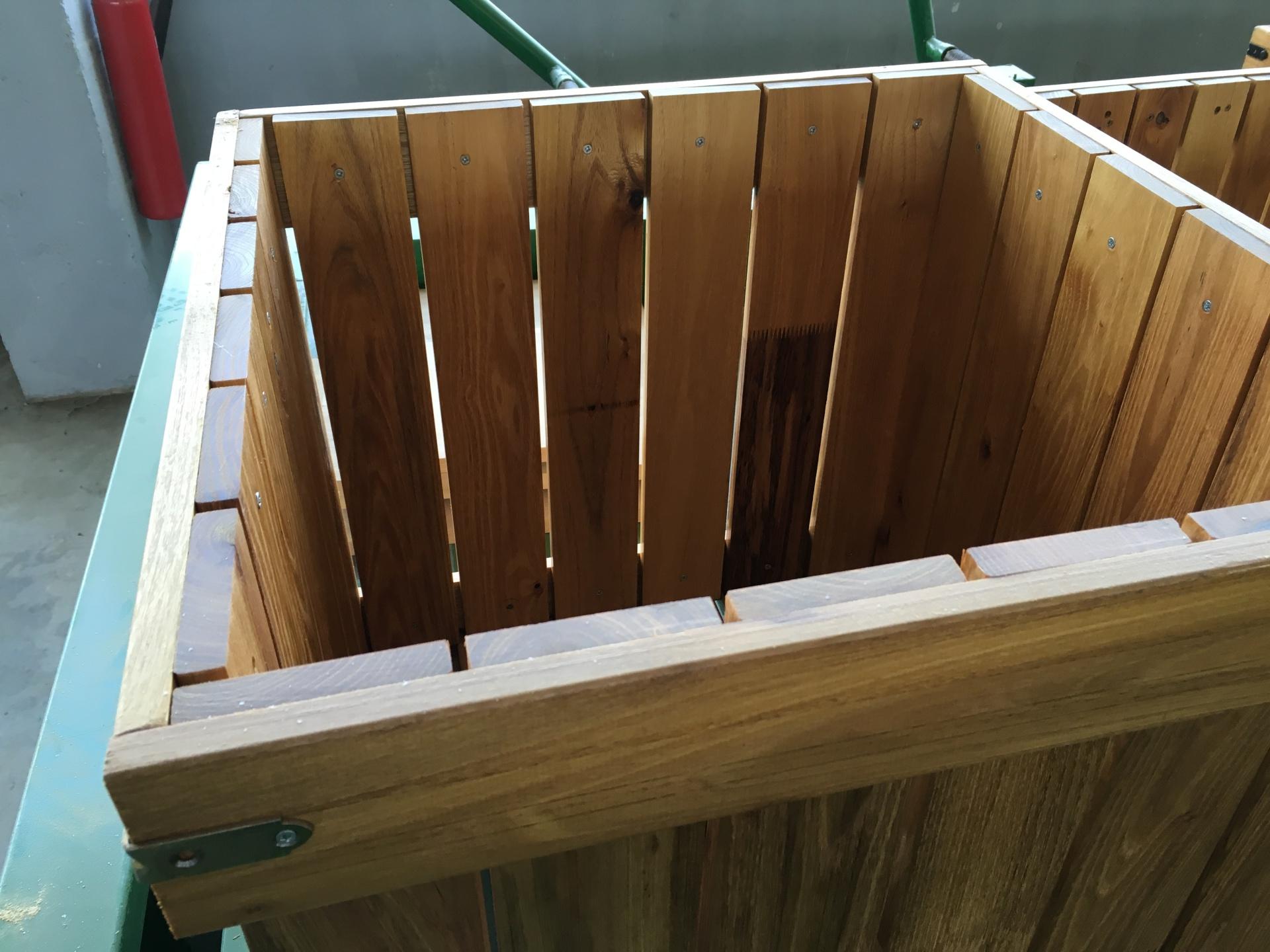 Hardwood Robinia Planter