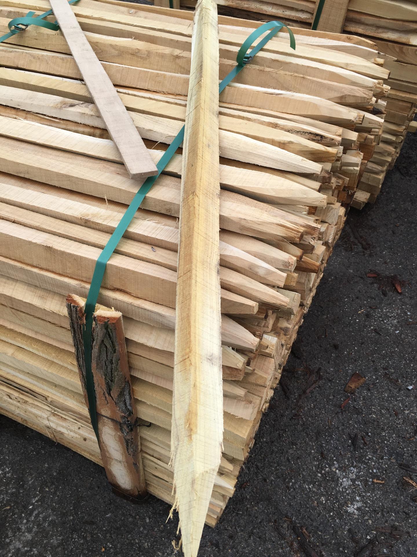 Hardwood Stakes Pegs