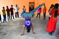 Capoeira Sri Lanka, Capoeira Handstand