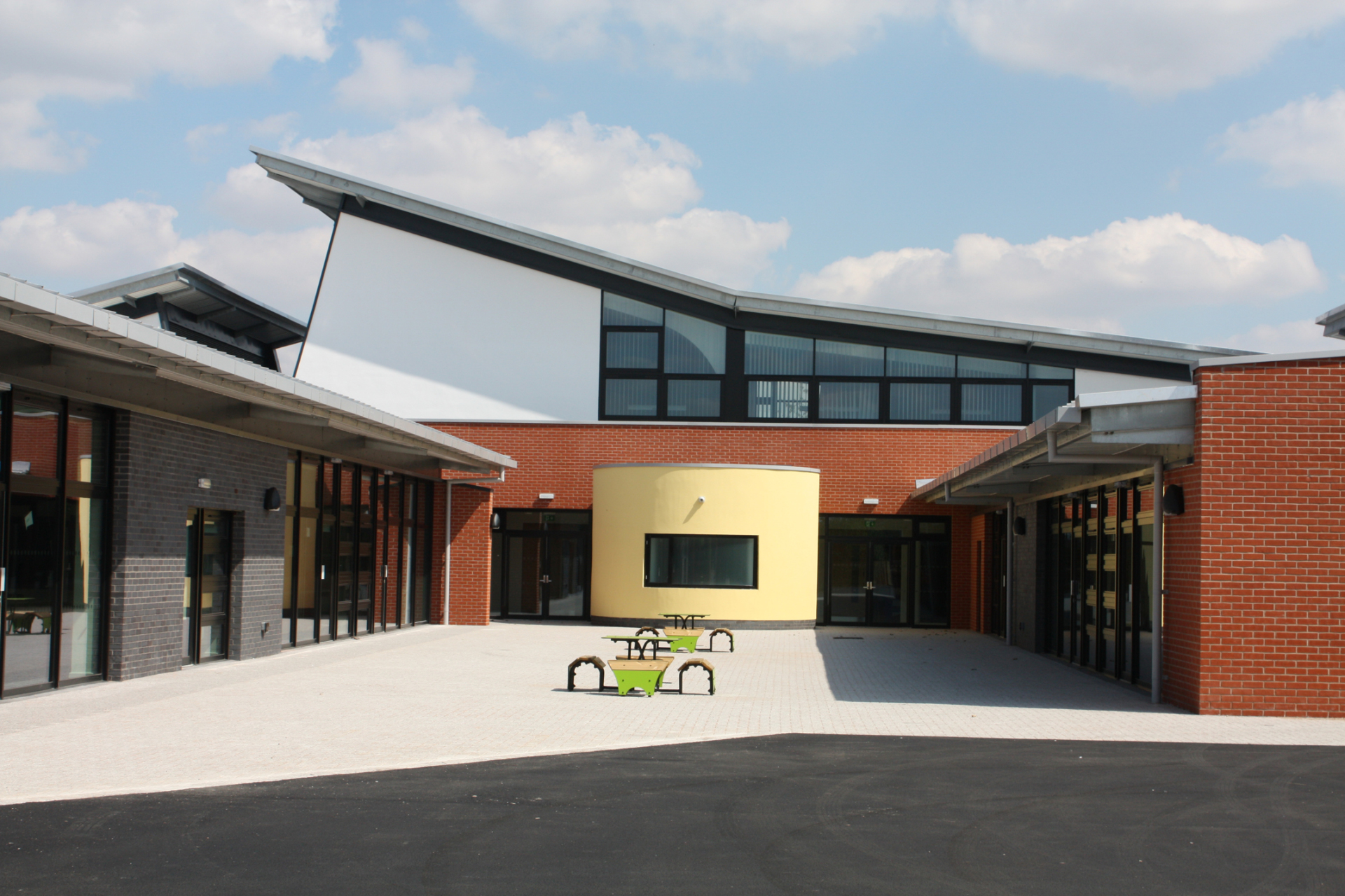 Coleshill Heath School (Solihull) by Contemporary and Modern architects Baart Harries Newall (BHN architects) based in Shrewsbury.
