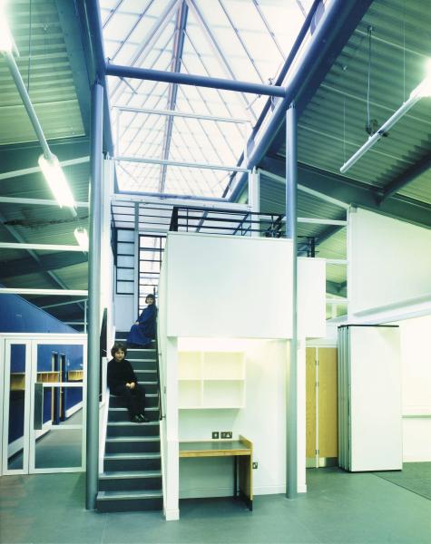 Heavers Farm Primary School (London Borough of Croydon) by Contemporary and Modern architects Baart Harries Newall (BHN architects) based in Shrewsbury.
