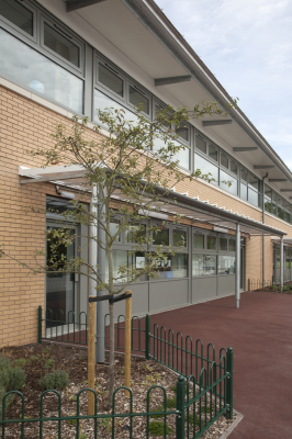 Birchills Primary School (Walsall) by Contemporary and Modern architects Baart Harries Newall (BHN architects) based in Shrewsbury.