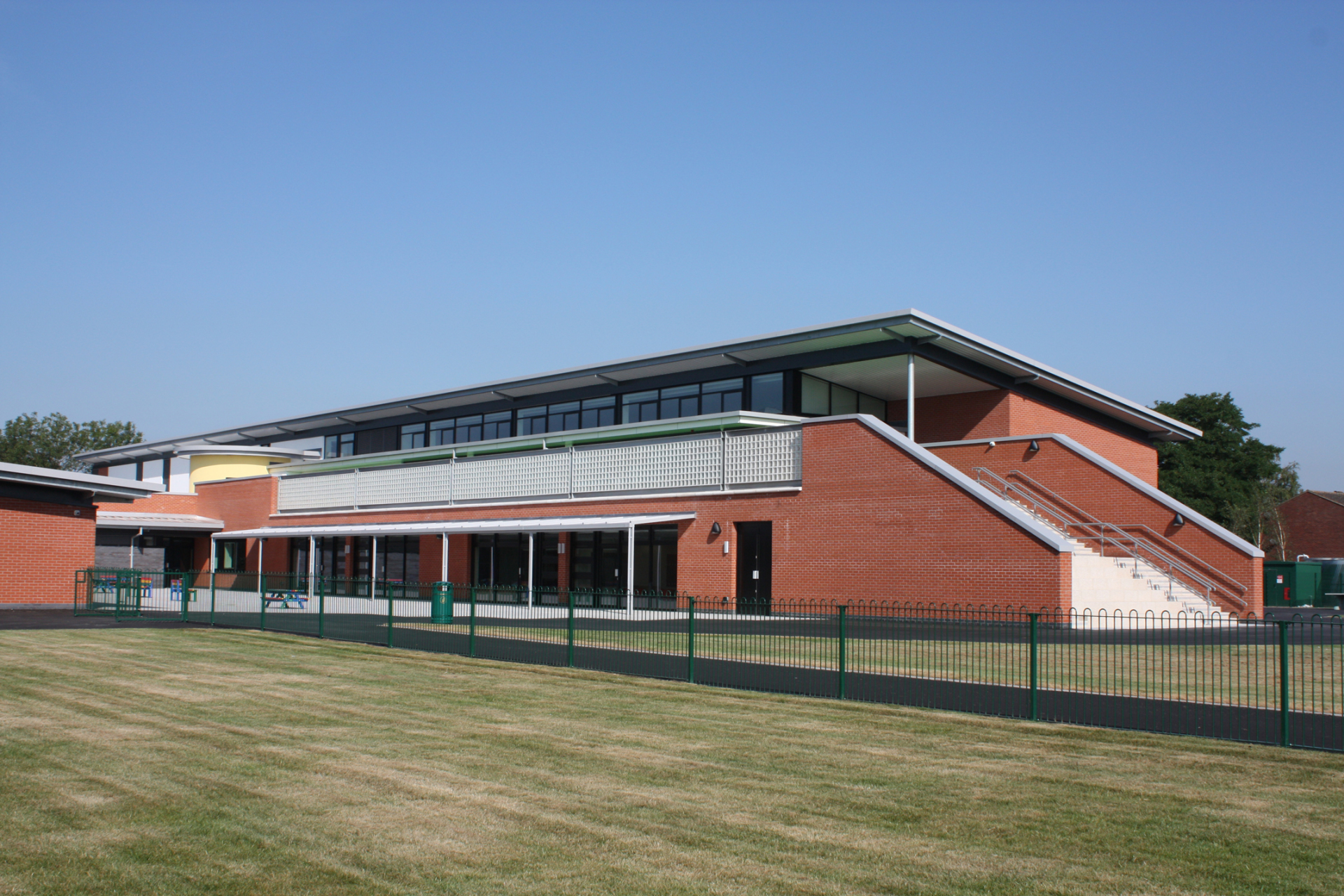 Fordbridge Community Primary School (Solihull) by Shrewsbury based architects Baart Harries Newall (BHN architects)