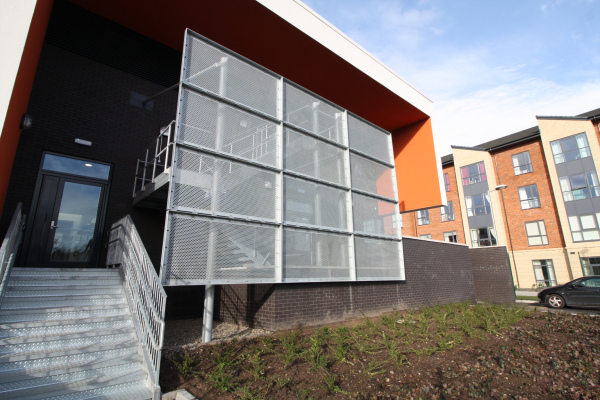 Lawley Village Primary Academy - Floating Screen
