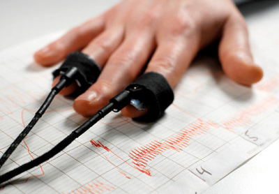 How to beat a polygraph (lie detector) test!