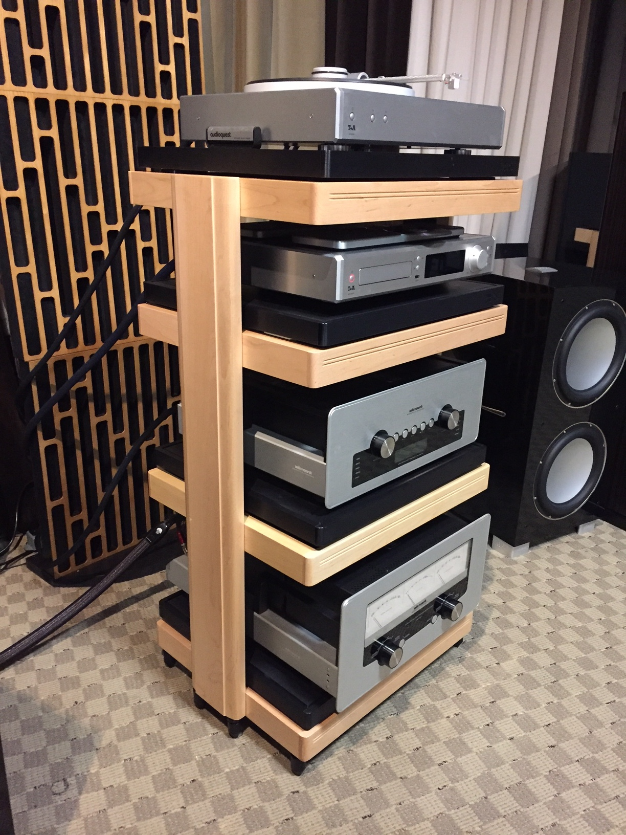 HRS Support Systems Get a Great Review in 'The Audio Beat'