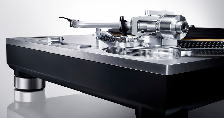 Technics SL-1200G Turntable Review by Michael Fremer in 'Analog Planet'