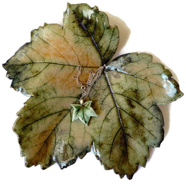 Stoneware, Leaf Dish