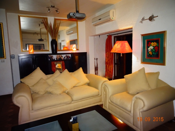 Open plan lounge - Holiday accommodation Hartbeespoort
