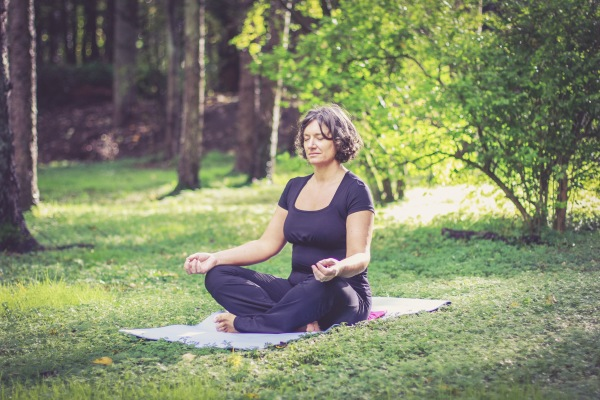 meditation mindfulness aruna yoga
