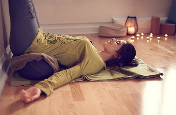 Aruna Yoga Rathcoffey strength resilience nervus system restorative meditation mindfulness yin yoga