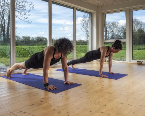 running yoga aruna core