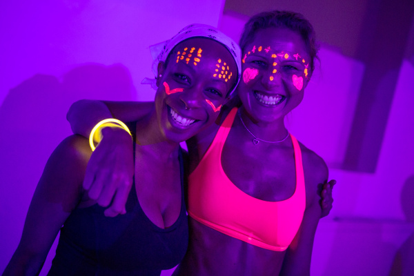 flow in the dark, pop up yoga london, the wellscene