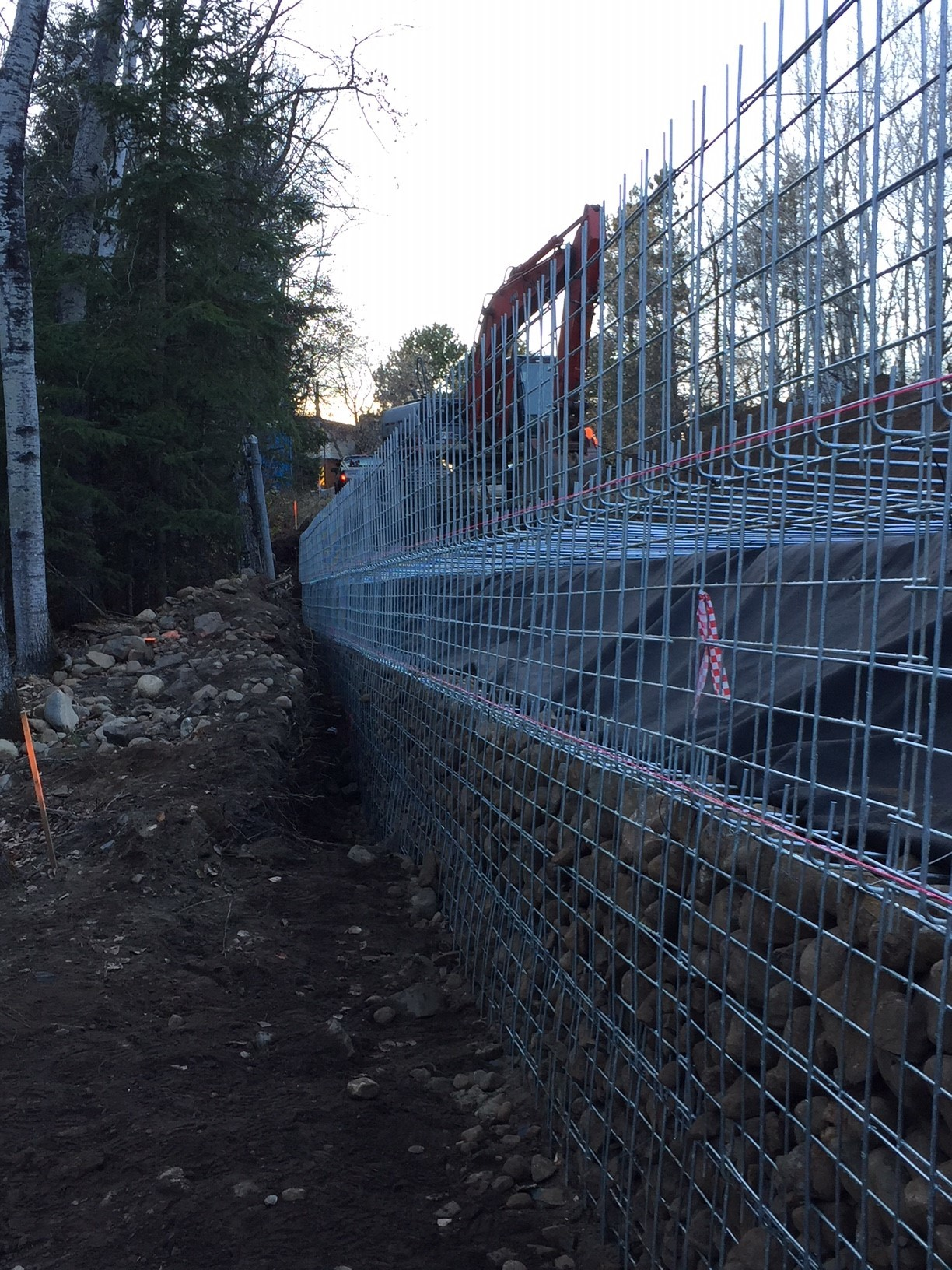 Installation of MSE rockface wall