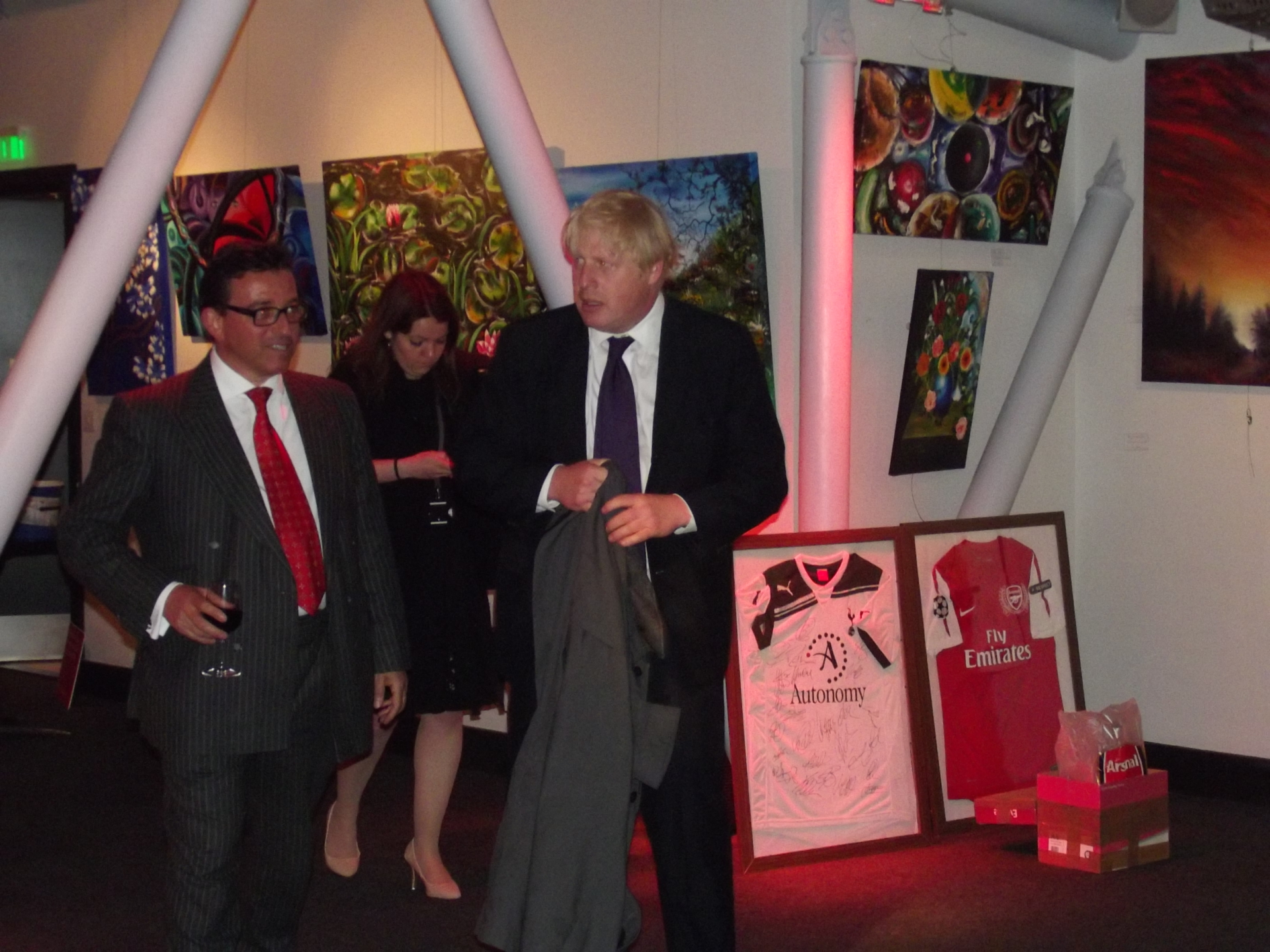 Art Auction with Boris Johnson, EastEnders actors & other celebrities.  3 of Mbengs Paintings were bought by MP.