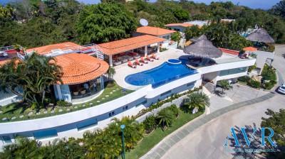 Vistas aéreas de Villa Aquina en Fracc. La Cima Acapulco