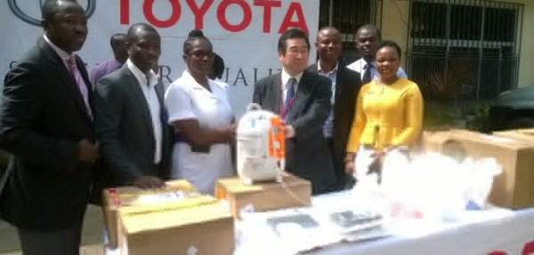 Toyota Ghana Company Limited supported the National Reconstructive Plastic Surgery and Burns Centre of Korle-Bu Teaching Hospital with a Vacuum assisted closure machine and some wound dressing materials worth at a cost of GHC14,000.00  The donation follows an appeal to the automobile firm to support the centre.