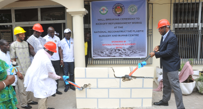 WALL BREAKING CEREMONY TO KICK-OFF REFURBISHMENT WORKS AT THE NATIONAL RECONSTRUCTIVE PLASTIC SURGERY AND BURNS CENTRE