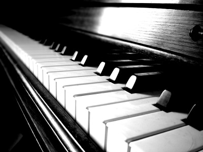 Piano keyboard Lessons Teacher Tutor