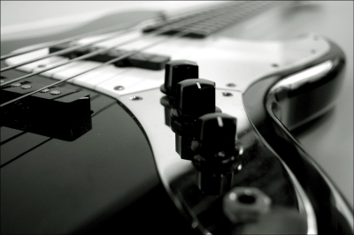 Bass Guitar Lessons Teacher Tutor