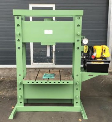 Hydraulic Press UK Wessex Hydraulic Services Used Sale Sell Refurbished