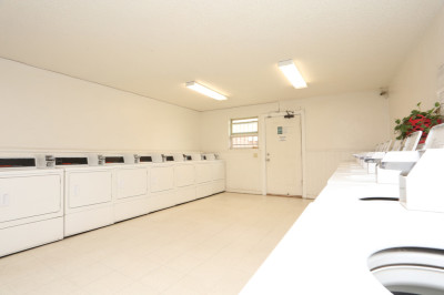 2 Laundry Facilities