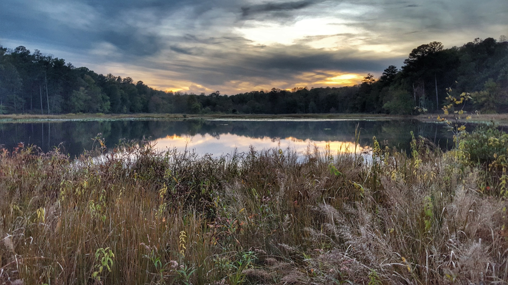 Sunset on Beaver Lake by Kevin Divins