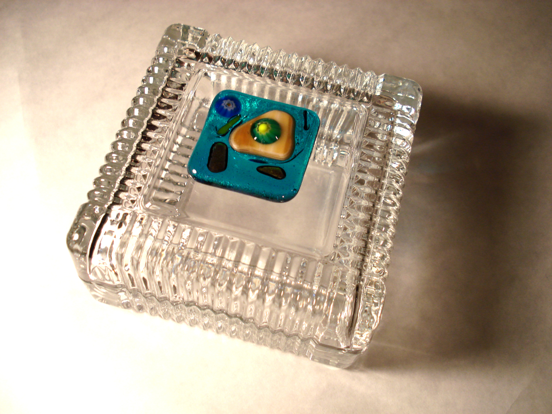 Fused glass trinket box