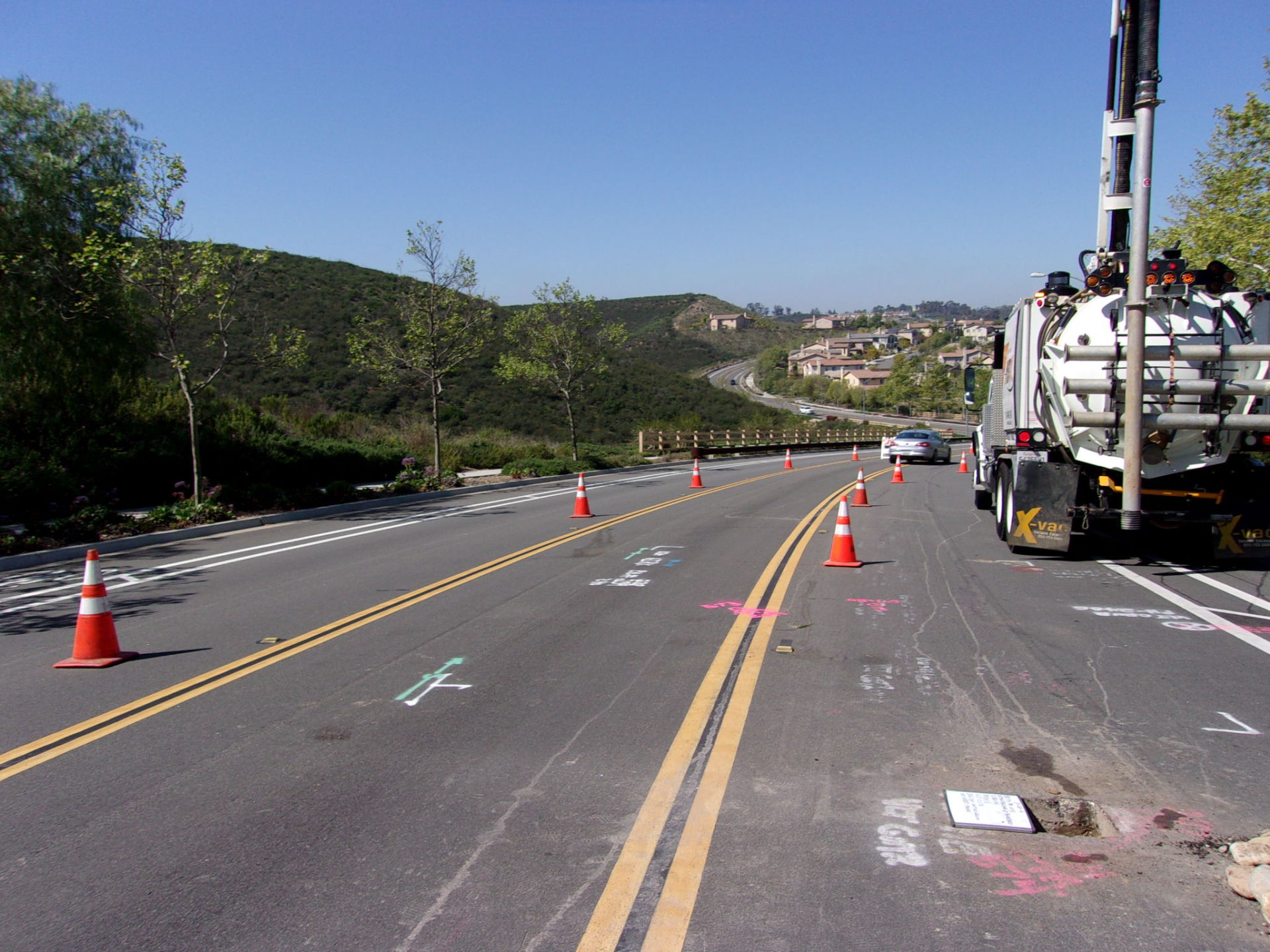 SX-PQ, electrical undergrounding, potholes, traffic control, nigh work, vacuum excavation