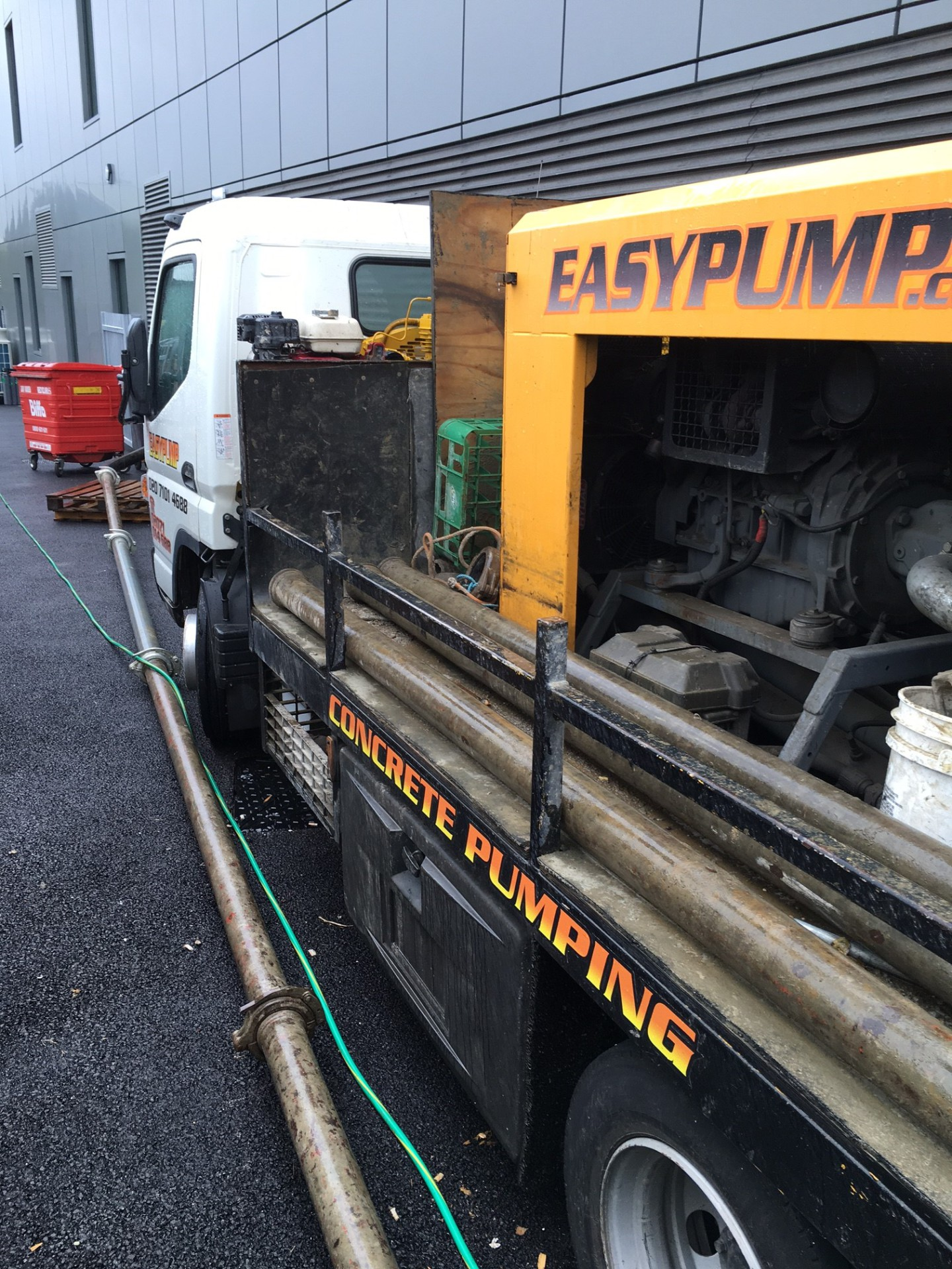 cheap concrete pump hire london