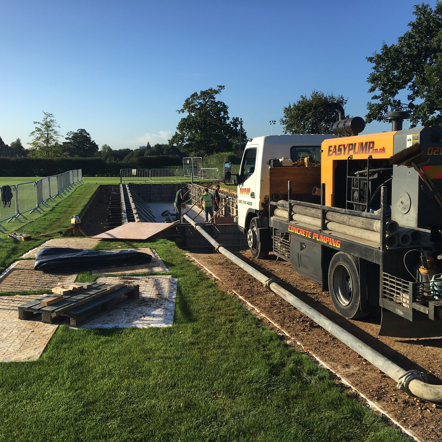 ready mix concrete pump bedfordshire