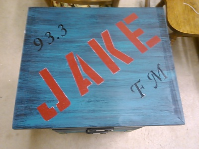 93.3 JAKEFM  Table Makeover