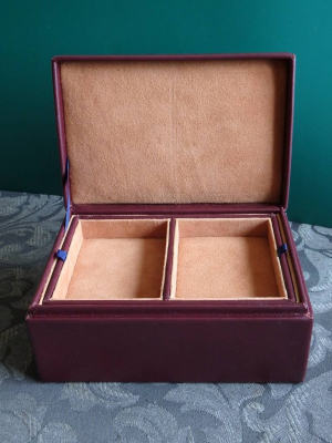 Rectangular jewellery box.   By Mike Dimoline