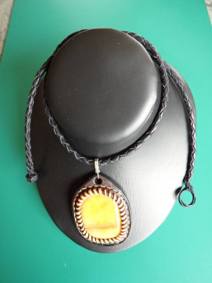 Leather, jewlery, necklace, pendant, braided, art, dimoline, ANZLA, NZ, New Zealand