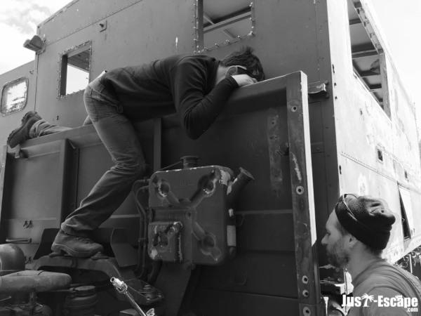 Gary & Matt inspect the bulkhead