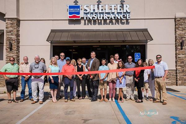 Ribbon Cutting! Chamber welcome Shelter Insurance and Johnathan Gregory's new office in Rayville