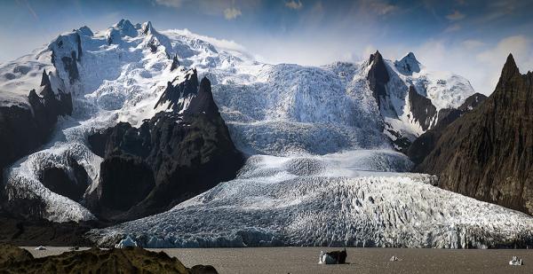 Glacier overflow