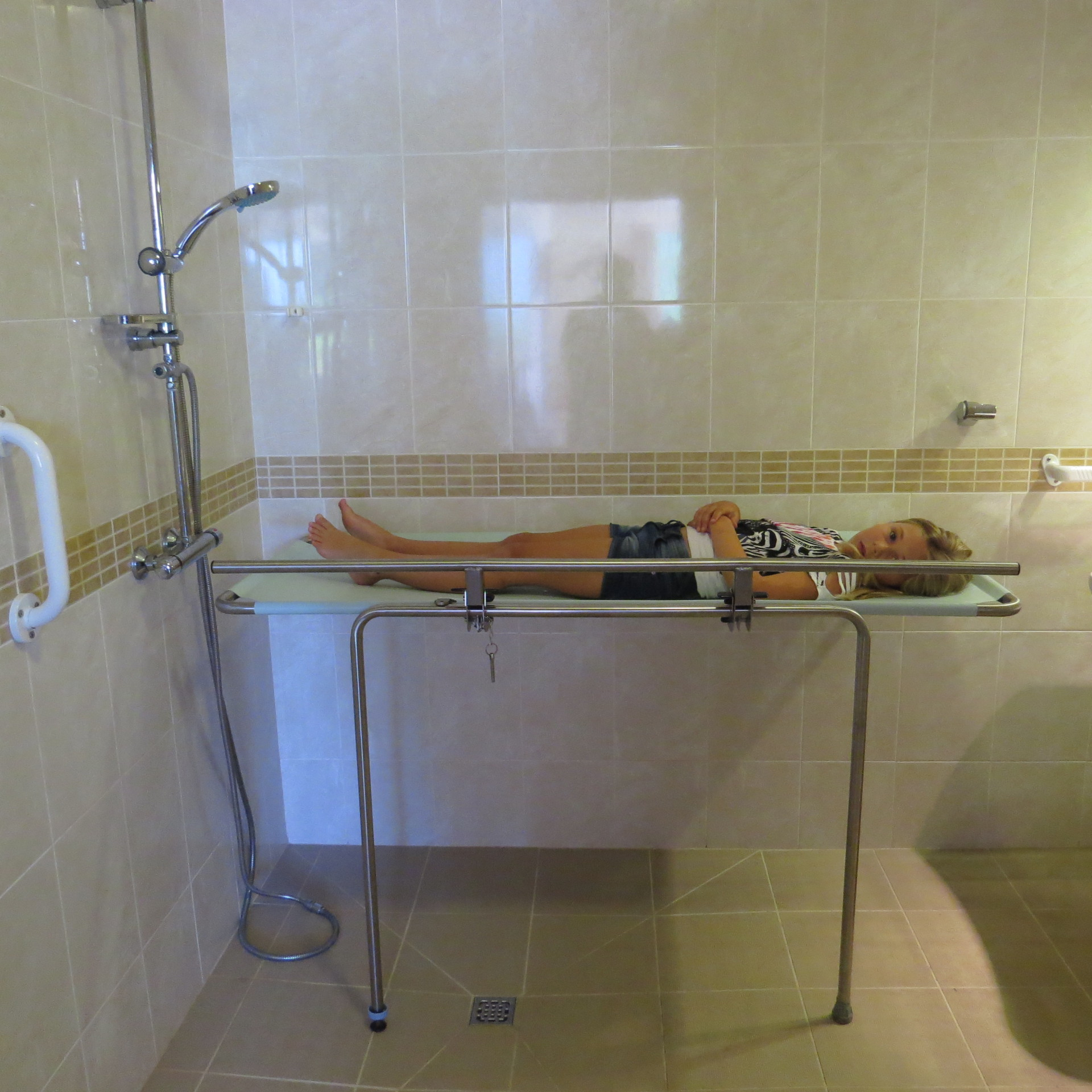 shower table-children-disabled holidays-The Algarve- Portugal