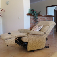 reclining electric chair-disabled holidays-The Algarve-Portugal