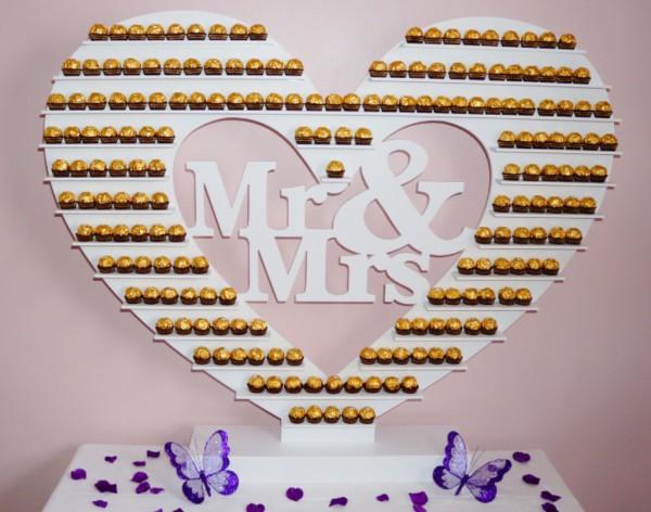 MR & MRs Heart Ferrero Rocher Stand