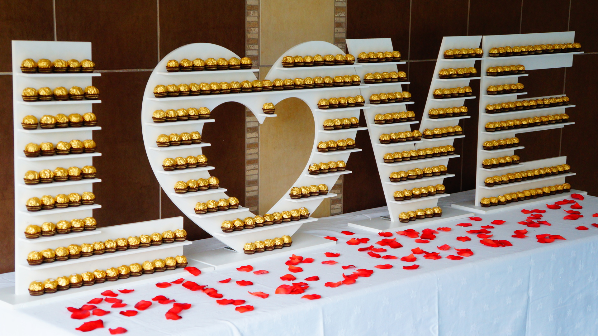 LOVE Ferrero Rocher Stand