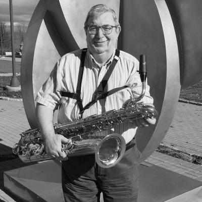 Alix Janove Baritone Saxophonist