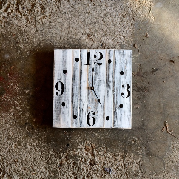 "20"" White Clock with Distressed Finish Solid Wood"