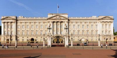 OH Peter Crane honours the Queen