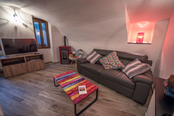 Spacious lounge Pigna Liguria Italy