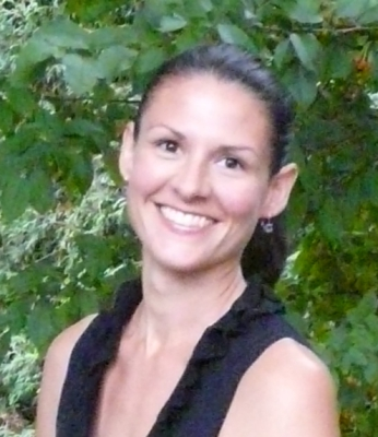 Leah van Ooyen, RMT. Massage Therapist of Longevity Movement Massage Therapy in Burlington, ON