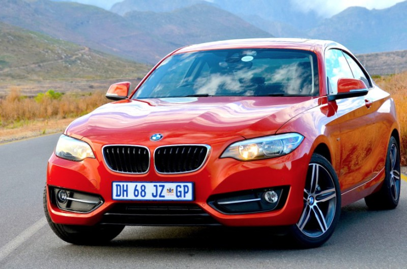 228i Shows off BMW's high-tech strides - image - Michele Lupini